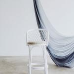 Baro kėdė (baltos ir juodos spalvos)