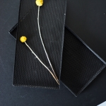 Juodi metaliniai padėkliukai - 11 x 23 x 2 cm