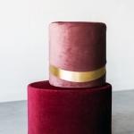 Veliūriniai pufai: rožinės spalvos - ø 30 cm, 32 cm (H) / bordo - ø 45 cm, 28 cm (H)