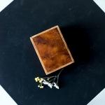 Medinė dėžutė žiedams - 12 x 9 cm